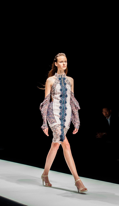 Mercedes benz tokyo fashion week 100