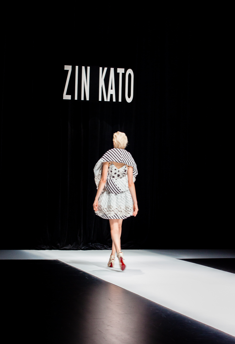 Mercedes benz tokyo fashion week 37