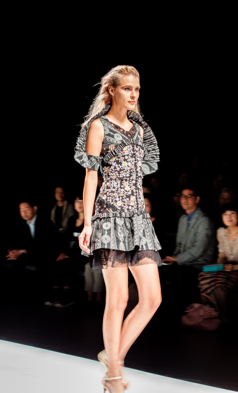 Mercedes benz tokyo fashion week 27