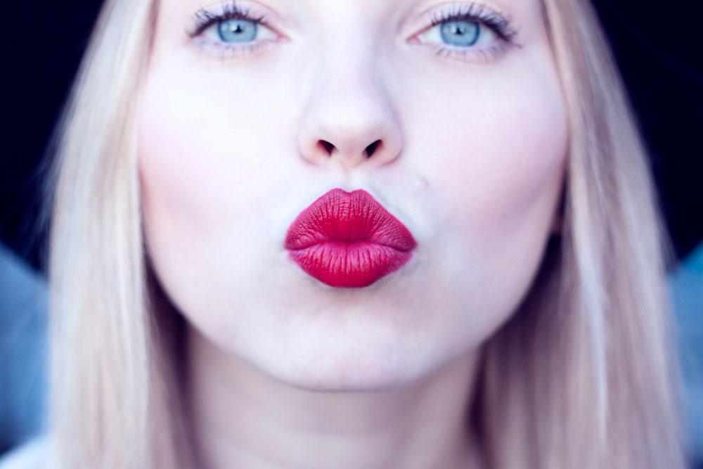 Red lipstick, tokyo, japan
