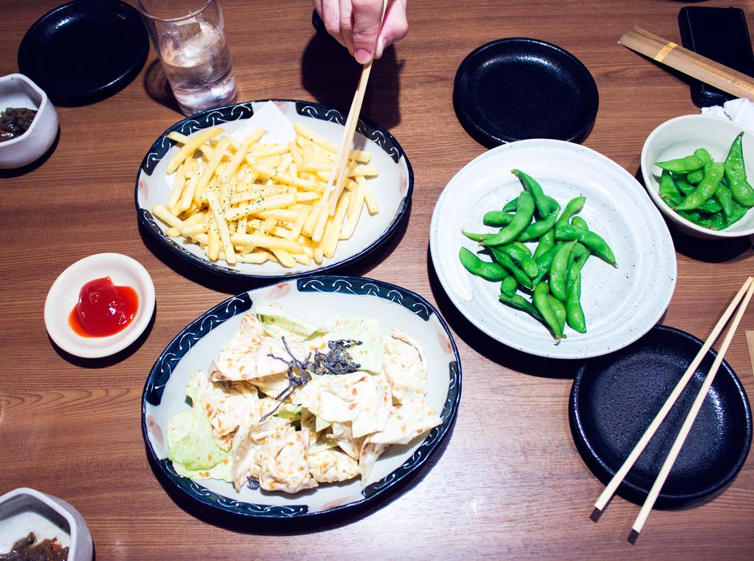 Japanese Izakaya, edamame, tokyo, japan, cabbage, hashi, tofu, silky tofu, japanese culture, japanese food