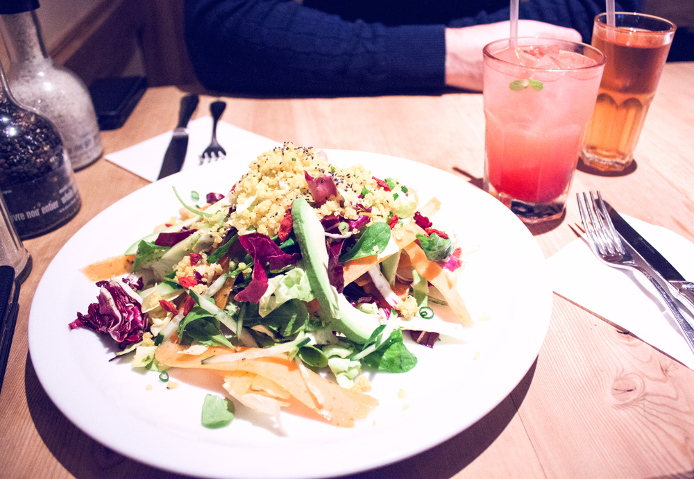 Le pain quotidien, Daikanyama, tokyo, japan, began, healthy, healthy food, hummus, detox salad