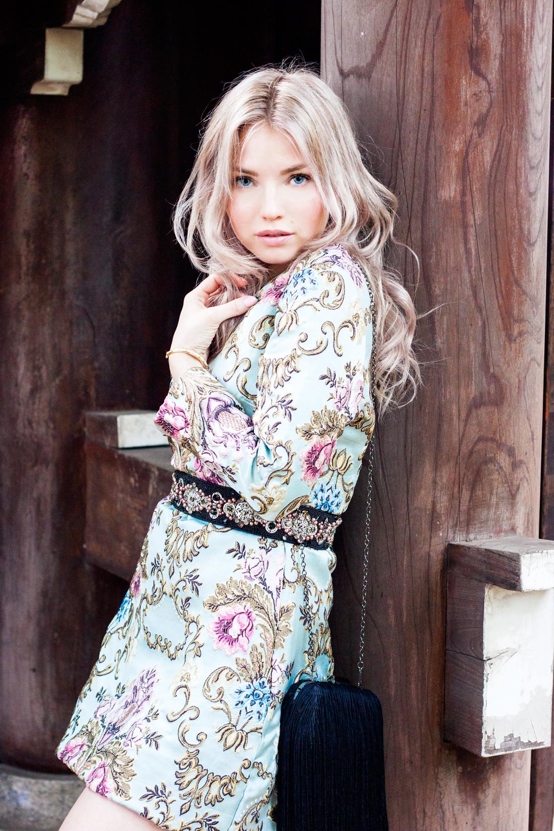Jacquard dress, tokyo, japan, japan temple, japan sightseeing, fringe bag, fringe clutch, blonde waves, tokyo fashion, silver heels, pearl belt