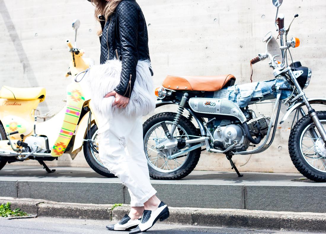 omotesando tokyo, tokyo fashion, faux fur clutch, motorbikes tokyo, grey fedora felt hat, white boyfriend jeans, japan fashion