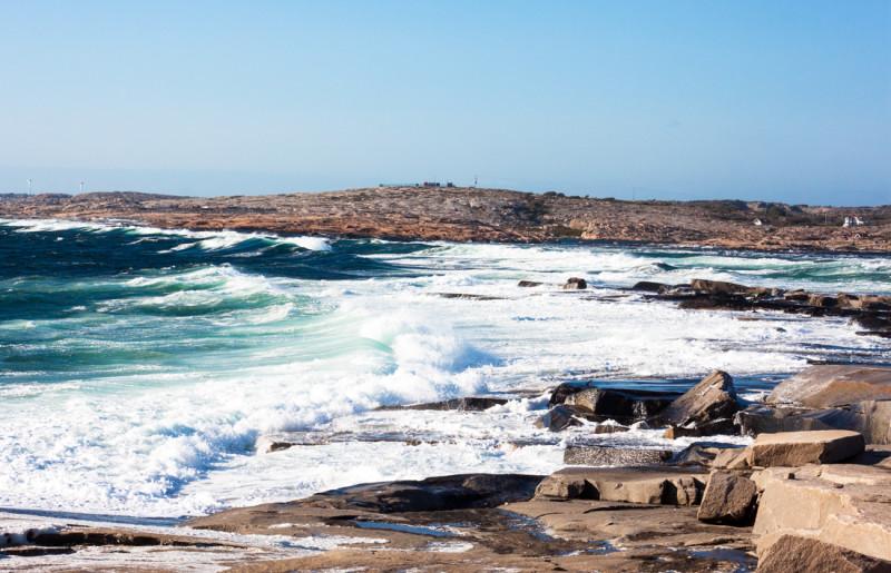 draget bohus malmon, bohus malmön sommar, bohuslän, sweden summer, sverige , sweden archipelago, stone breakers, stone workers, windy, wavy