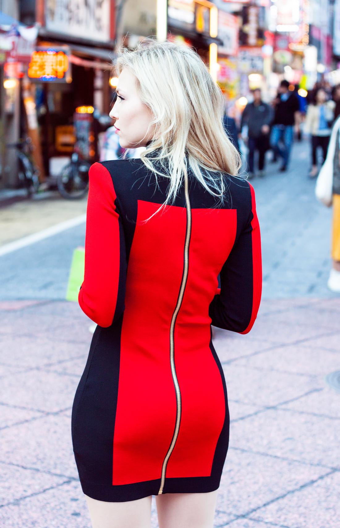 Balmain x H&M red dress, Balmain, Balmain japan, Balmain H&M, Tokyo, tokyo fashion, shinjuku, tokyo streetstyle, tokyo fashionblog