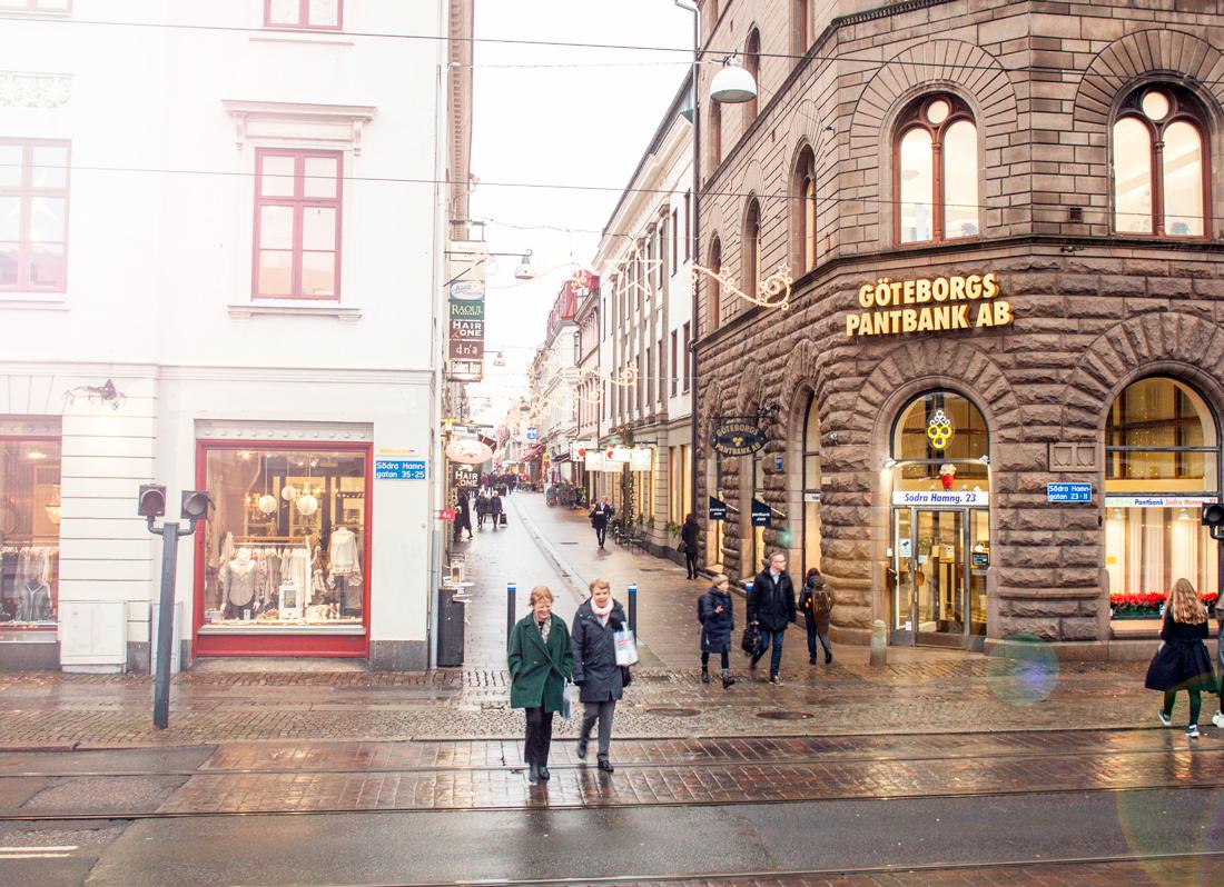 göteborg julstad, göteborg december, gothenburg sweden, gothenburg chrismtas lights. gothenburg christmas tree, gothenburg gustaf adolf square, gustaf adolfs torg, condeco gothenburg, sweden december, gothenburg sightseeing