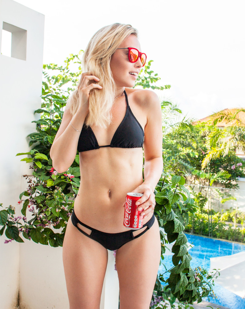 2chillies bikini, 2chillies black bikini, bali bikini, nusa dua, nusa dua bikini, bali coke, cutaway bikini, cutout bikini, red velvet ray ban, red velvet sunglasses, bali blog post, toko fashion blogger, travel and fashion blogger