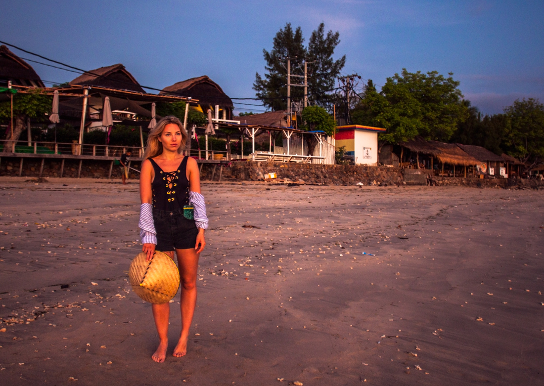 Gili air, indonesia, sunrise, bali sunrise, gili island, gili air sunrise, gili island sunrise, sunrise, Indonesia sunrise, vacation sunrise, bali vacation, rice field hat, lace swimsuit, bali beach, gili island beach, gili air beach, cherryblossomstreet