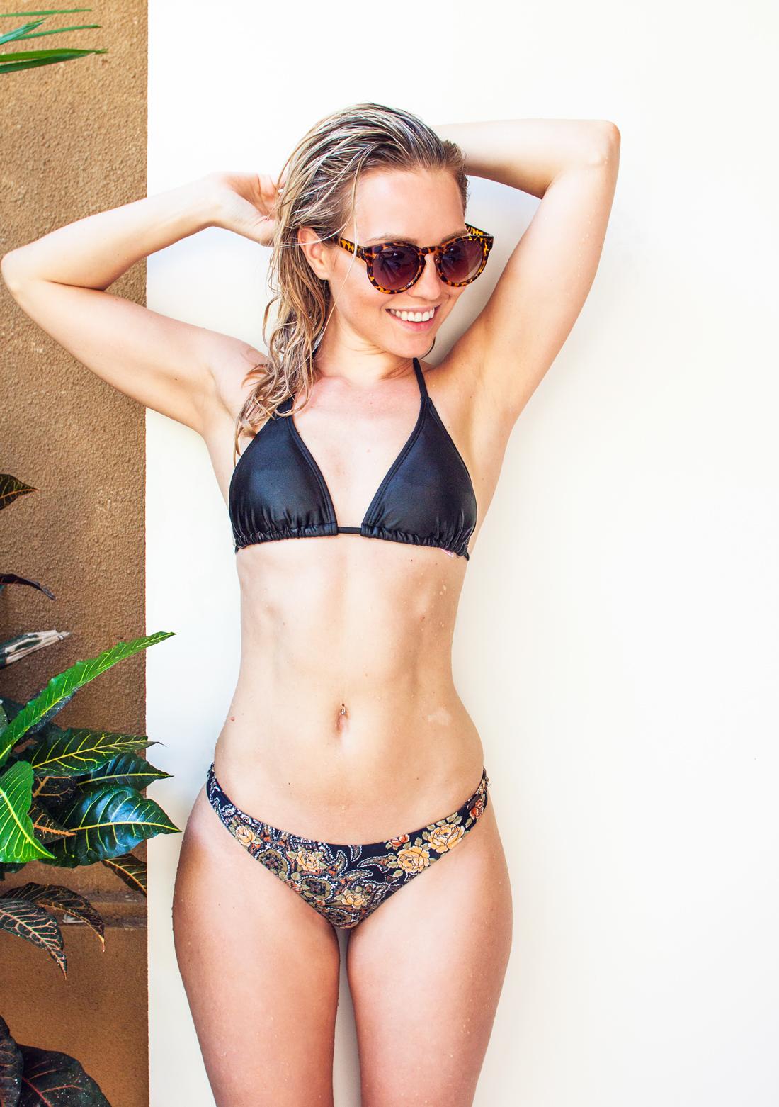 2chilliesbikini, 2 chillies waikiki bottoms, bikini, ubud villa, bali vacation, cheeky bikini bottoms, fit, leopard sunglasses, leopard sunnies, abs, 2chillies triangle top, australian bikini brand